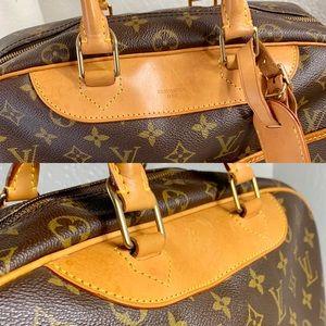 Louis Vuitton Bags - ☘️FIRM☘️Beautiful Deauville
